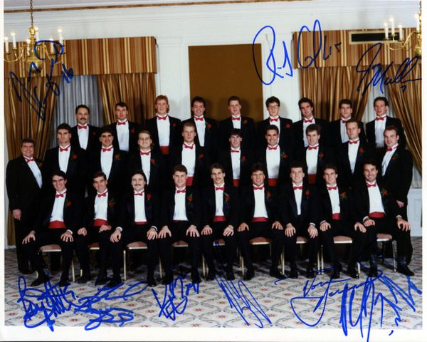 1989-90 Pittsburgh Penguins - At Your Service Dinner signed 8x10 photo