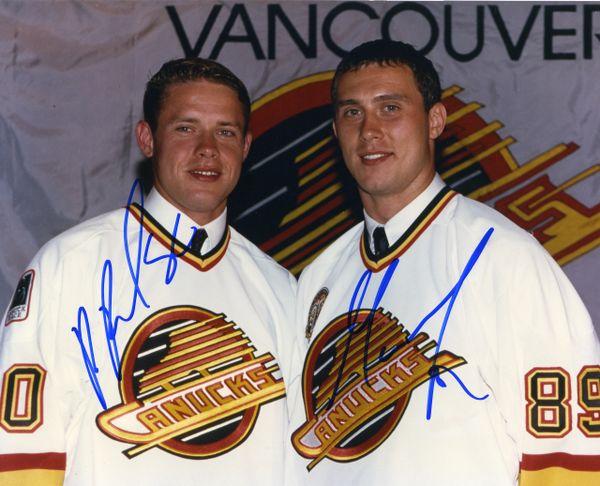 Pavel Bure & Alexander Mogilny - Vancouver Cannucks signed 8x10 photo