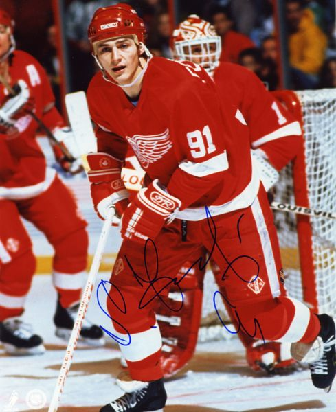 Sergei Fedorov - Detroit Red Wings signed 8x10 photo