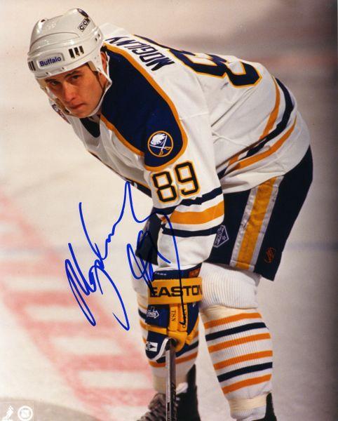 Alexander Mogilny - Buffalo Sabres signed 8x10 photo