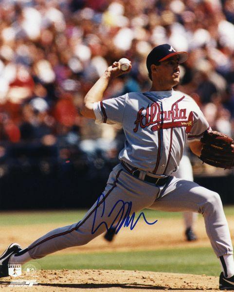 Greg Maddux - Atlanta Braves signed 8x10 photo