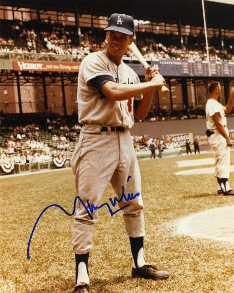 Maury Wills - Los Angeles Dodgers signed 8x10 photo