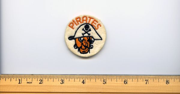 "Pittsburgh Pirates vintage 2"" small patch, 1950's?"
