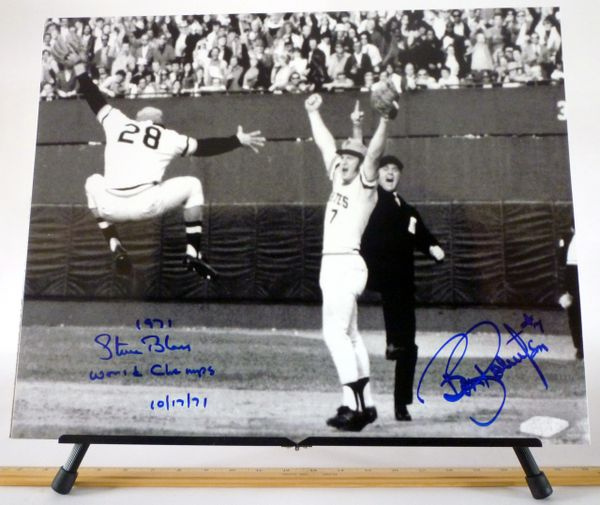 1971 World Series - Steve Blass & Bob Robertson, Pittsburgh Pirates signed 16x20 photo