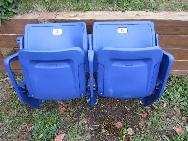 Three Rivers Stadium authentic seats - BLUE - 2