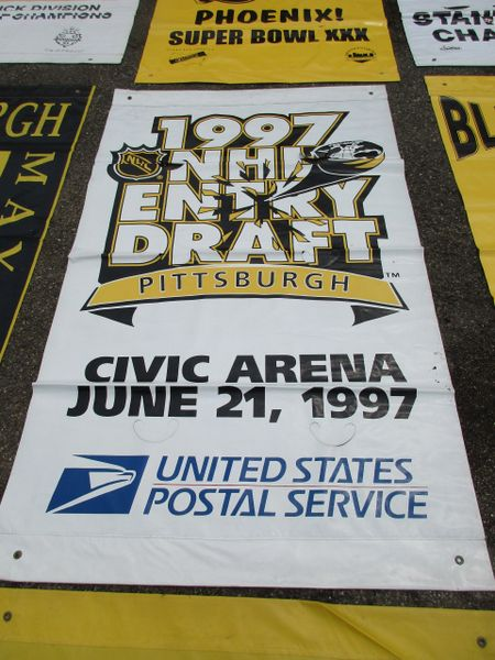 1997 NHL Draft, City of Pittsburgh street banner