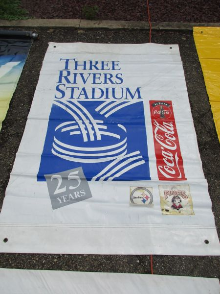 Three Rivers Stadium 25 yr anniv. City of Pgh. street banner