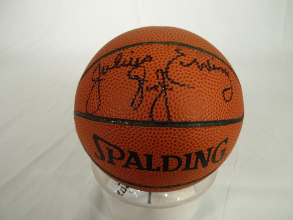 Julius Erving - Dr. J, Philadelphia 76'ers signed mini basketball