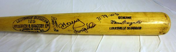 Manny Sanguillen Pittsburgh Pirates - game used, signed bat