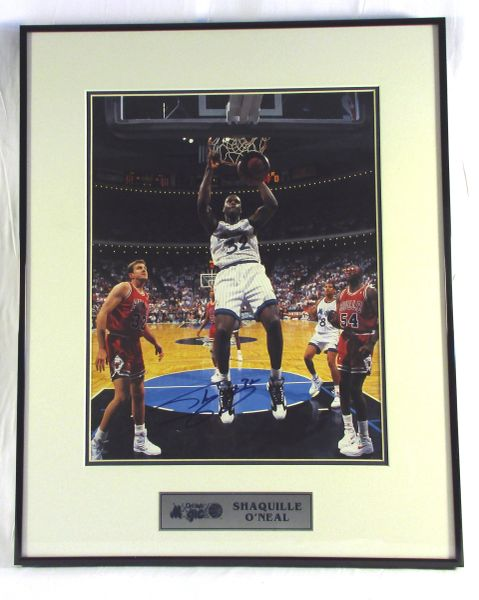 Shaquille O'Neal, Orlando Magic - signed 11x14 photo