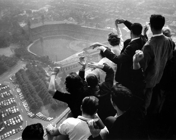 27. 1960 World Series, Cathedral of Learning 8x10 photo