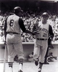 4. Willie Stargell & Roberto Clemente size 11x14 photo