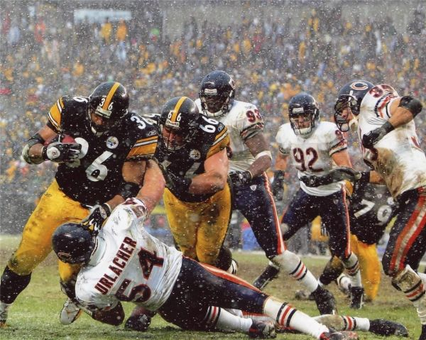 40. Jerome Bettis vs. Urlacher 11x14 photo