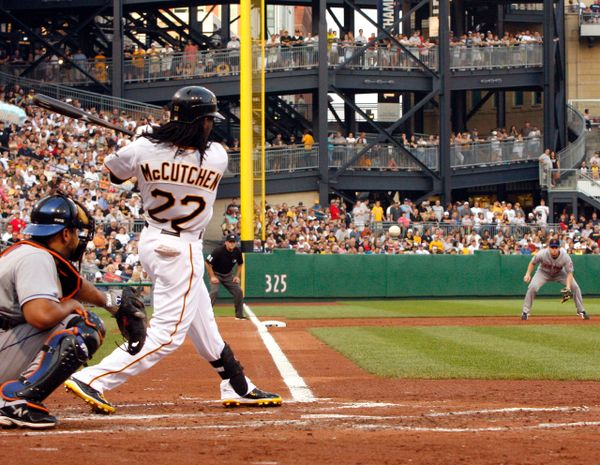 27. Andrew McCutchen size 11x14 photo