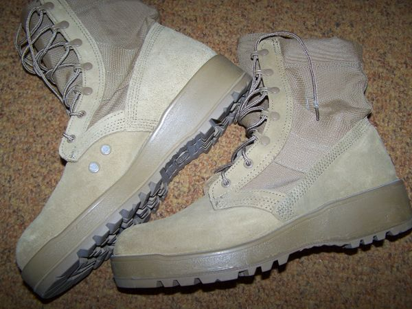 COYOTE BOOTS, SIZE 11 REGULAR, U.S. ISSUE
