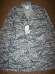 ABU SHIRT, AIR FORCE DIGITAL TIGER STRIPE CAMO, SIZE 48 REG, U.S. ISSUE