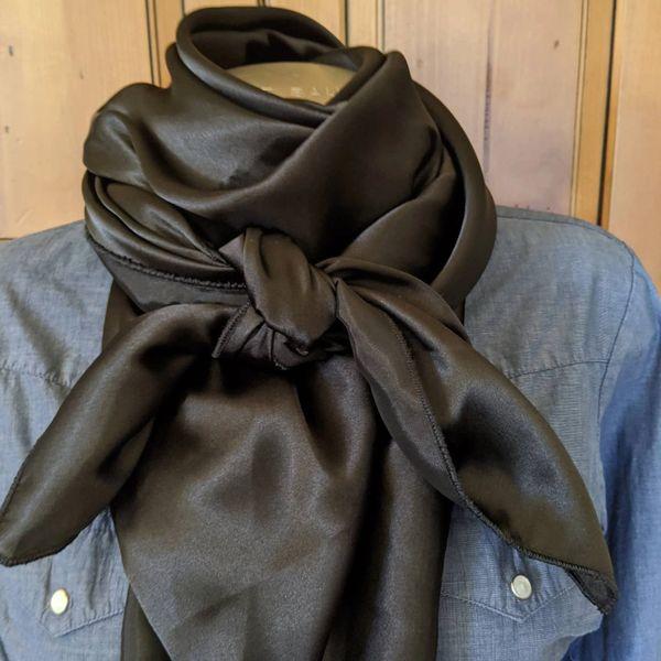 43x43 silk black wild rag