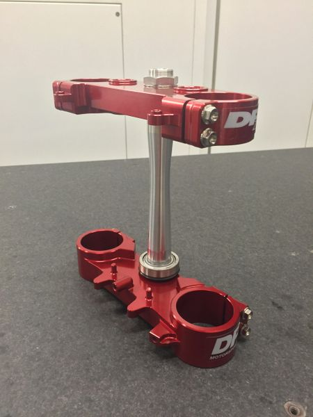 2010-2018 CRF250/450 22MM OFFSET TRIPLE CLAMP - RED