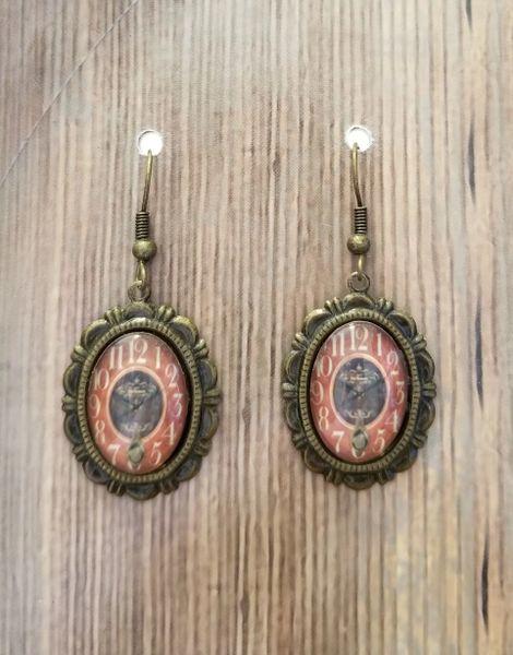 Elegant Golden Earrings with Clockfaces