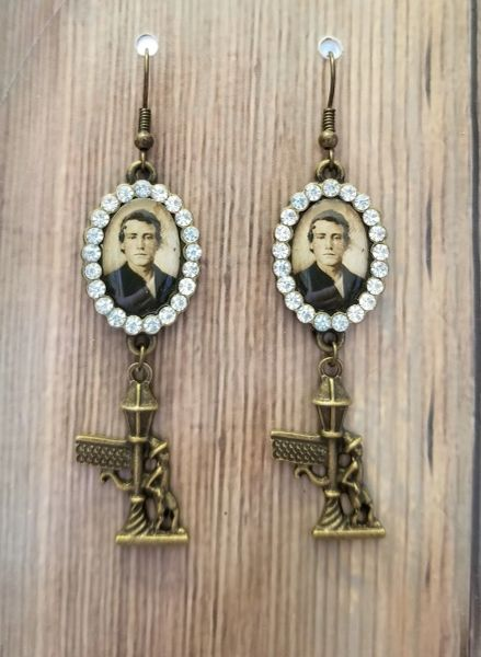 Vintage Gentleman & Lampost Steampunk Earrings