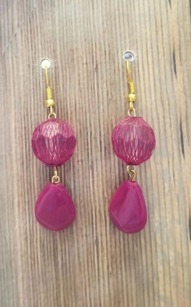 Raspberry Webbed Beads with Matching Dangles