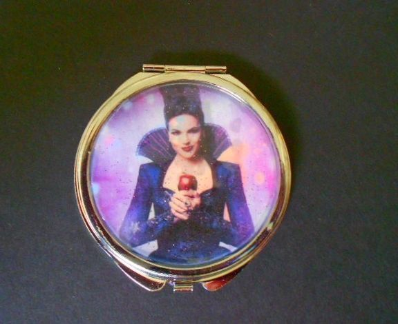 Once Upon A Time Regina/Evil Queen Compact