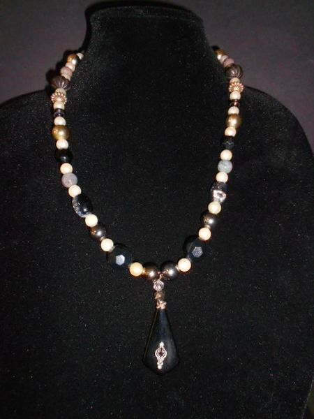Black & White & Gorgeous Beaded Necklace
