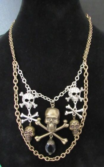 SCARY SCULLS STATEMENT NECKLACE