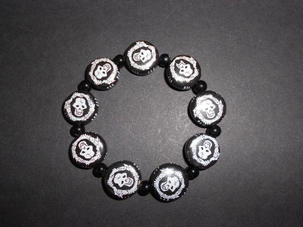Lacey Skulls Stretch Bracelet