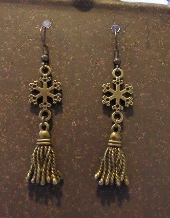 Delicate Golden Snowflakes with Tassels Earrings