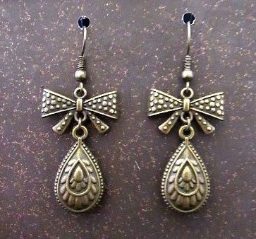 Gold Victorian Drop & Bow Earrings