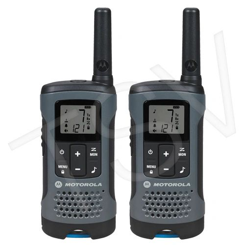 SFU791 T200 Two-Way Talkabout ® Radios Radio Band Type: UHF/GMRS/FRS Range: 32 km No. of Channels: 22 MOTOROLA Distancing