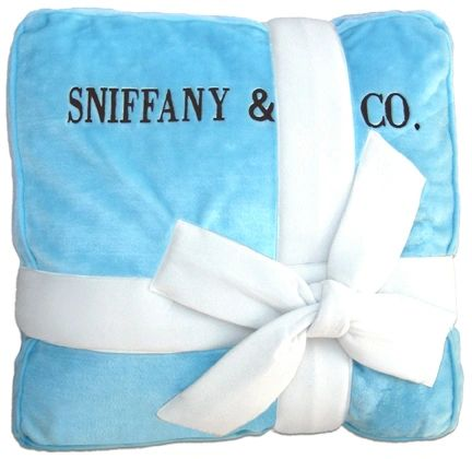 Bed: Sniffany Plush Designer Dog Bed
