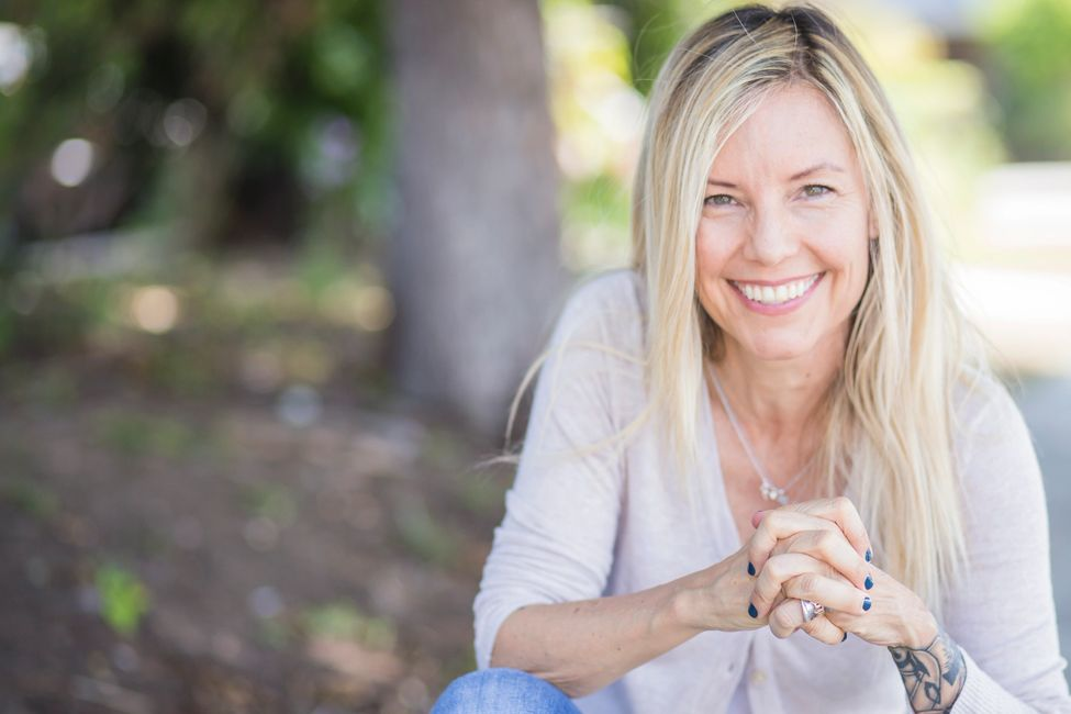 Leanne Whitney  transformational coach psychologist Jungian Jung yoga non dual holistic therapy