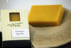Ivy Farm Naturally Soap Bar - Lemongrass