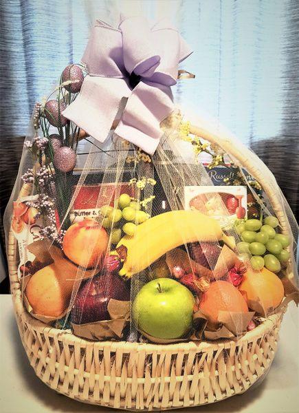Gourmet Treats Basket