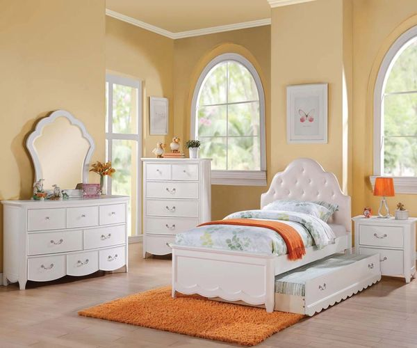 Cecilie White Twin Bed Girl S Bedroom