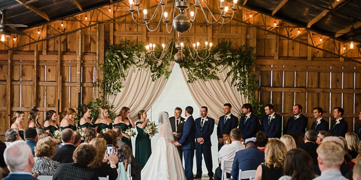 platinum wedding barn all-inclusive wedding photo