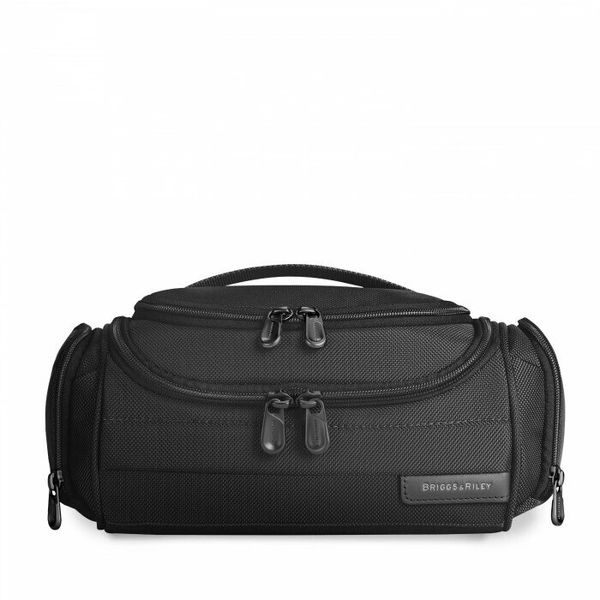 Briggs and Riley Baseline Executive Toiletry Kit