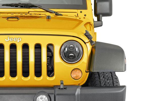 Quadratec Premium LED Projector Beam Headlights Without Fog Lights for 07-18 Jeep Wrangler JK