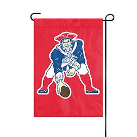 """NFL New England Patriots """"Pat the Patriot"""" Embroidered Garden Flag"""