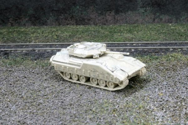 US Army M2 Bradley Armored Personnel Carrier, Sand