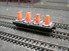 N Scale 30' Mill Car w/ 4 Hot Ingots