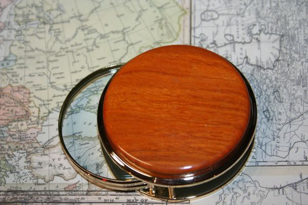 Handcrafted Paela Large Magnifying Glass Paperweight in a Beautiful 24 ct Gold Finish