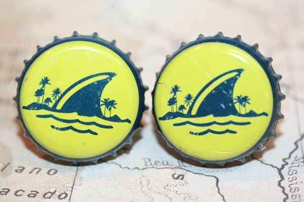 Cufflinks - Cuff Links - Land Shark Bottle Cap Cufflinks - Land Shark - Bottle Cap Cufflinks - Land Shark - Beer Cap Cufflinks - Groomsman