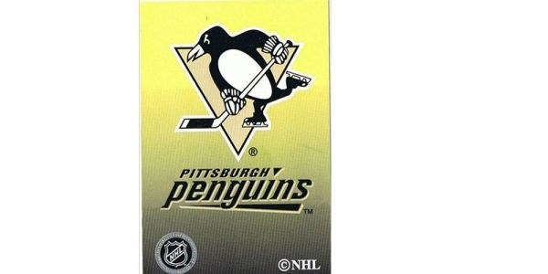 PITTSBURGH PENGUINS NHL HOCKEY LOGO PLAYING CARDS.. NEW
