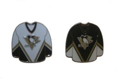 2 PITTSBURGH PENGUINS BLACK & WHITE JERSEYS NHL LOGO METAL LAPEL PIN BADGES .. NEW AND IN A PACKAGE