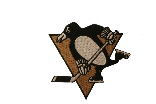 "PITTSBURGH PENGUINS EMBROIDERED Iron - On PATCH CREST BADGE .. SIZE : 3.25"" x 3"" Inch"
