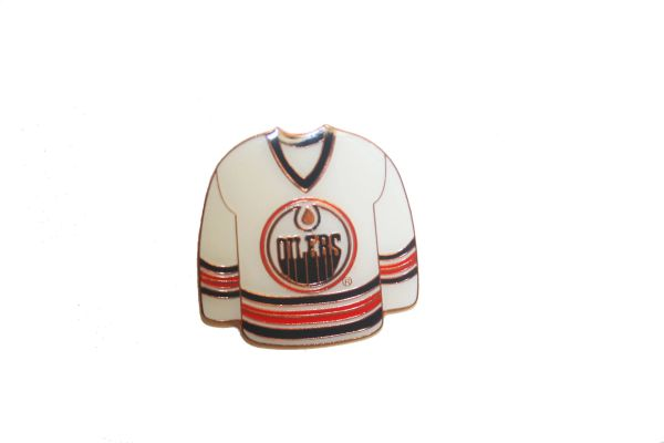 EDMONTON OILERS WHITE JERSEY NHL LOGO METAL LAPEL PIN BADGE .. NEW AND IN A PACKAGE
