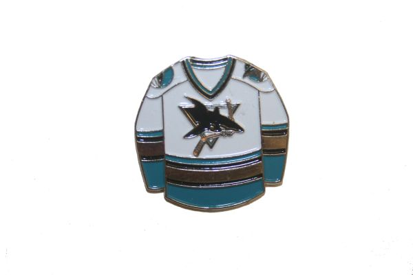 SAN JOSE SHARKS WHITE JERSEY NHL LOGO METAL LAPEL PIN BADGE .. NEW AND IN A PACKAGE